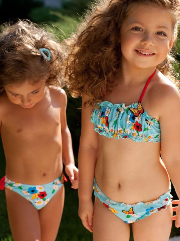 вязаный детский купальник с юбочкой