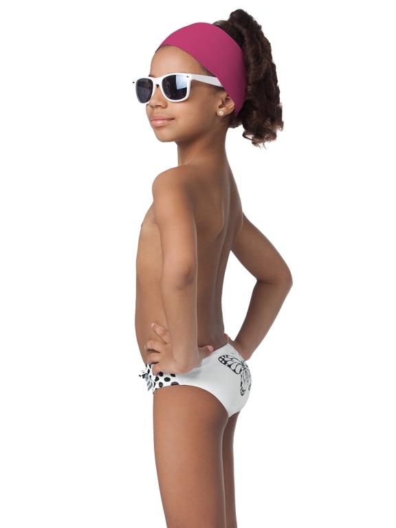фото маленьких моделей лет купальниках